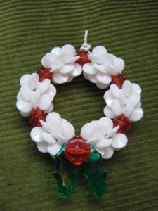 img 3411 225x300 Easy Wreath Ornament
