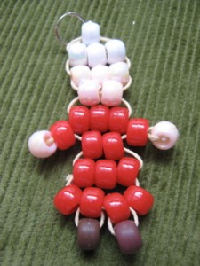 img 4196 225x300 The Great Pony Bead Ornament Thread of 2008