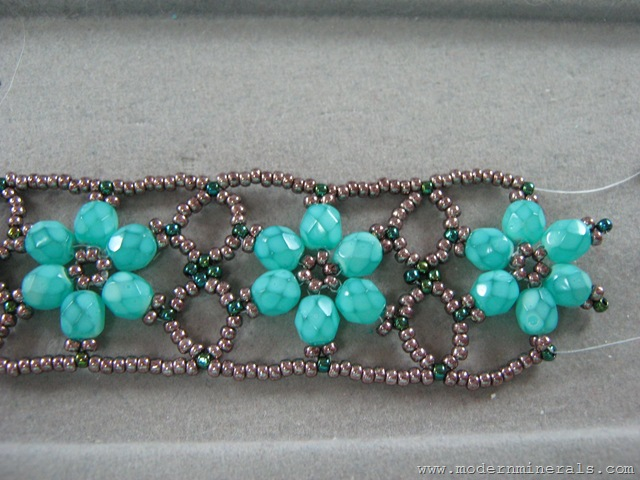flowerbracelet046 Beaded Flower Bracelet 