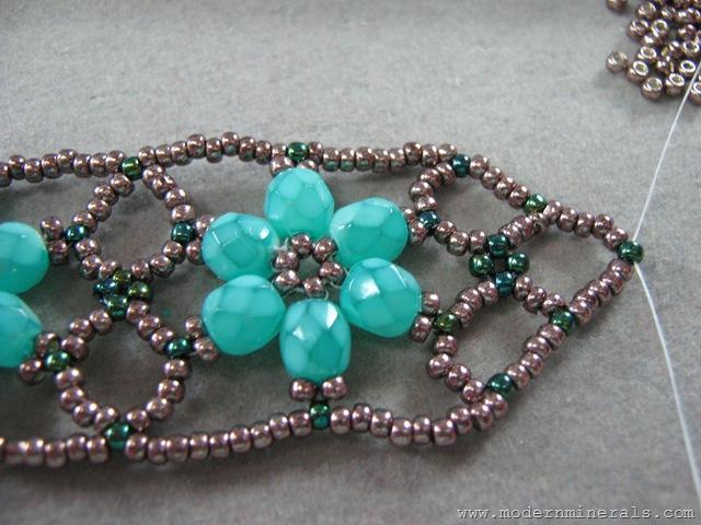 flower bracelet 057