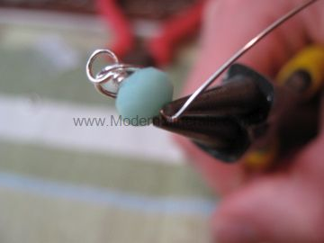 How to make a wire wrapped loop. Step 10